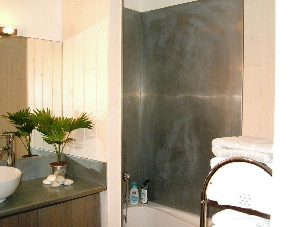 creation autour du zinc salle de bain avant apres. Black Bedroom Furniture Sets. Home Design Ideas